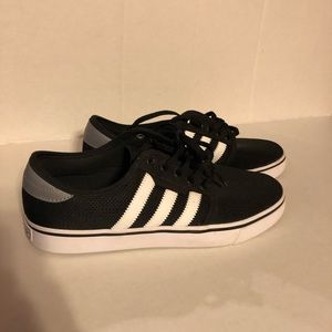 Adidas Originals Seeley Mens 8.5 Black/White Shoes
